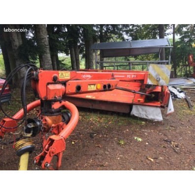 Faucheuse Conditionneuse KUHN FC 302G